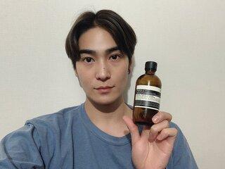 スベスベ肌ちらりに男性はドキッ♡俳優 町井祥真 ボディ用化粧水のススメ