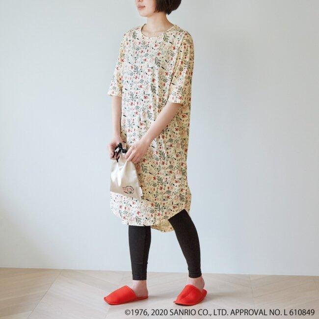 オトナ可愛いボタニカルテイストのキティちゃんパジャマを紹介♡