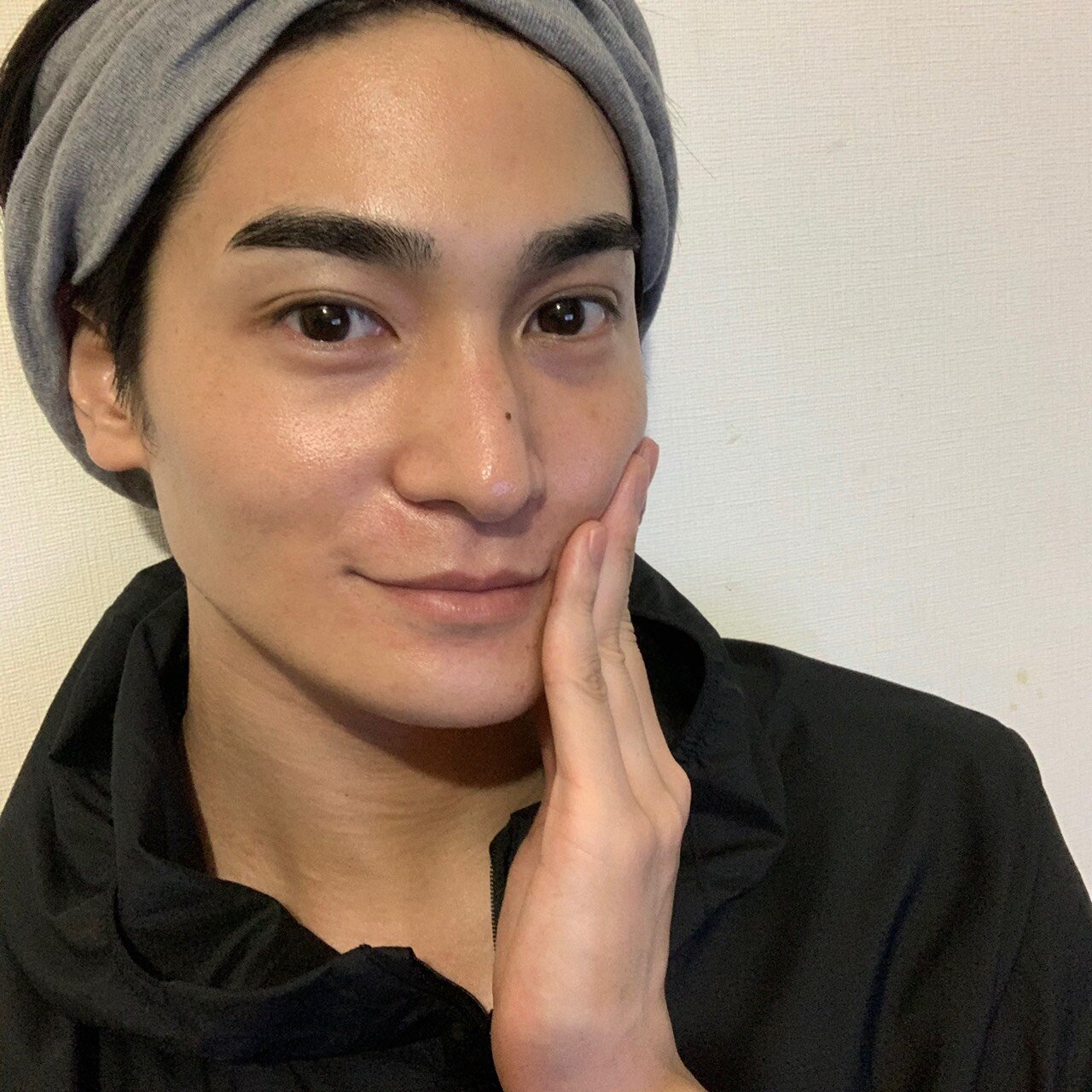 肌トラブルZEROを手に入れよう。俳優 町井祥真 トーニングのススメ