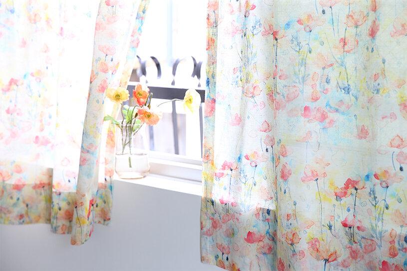 模様替えならカーテンから変えてみるのはどう?種類豊富なお花柄カーテン
