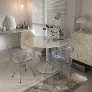 カフェのようなオシャレ椅子♡垢抜け部屋のインテリアをご紹介~クリアチェア編~