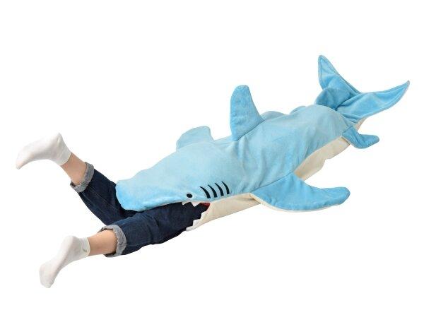 やだ食べられてる!?インパクト大なサメちゃんぬくぬくブランケット