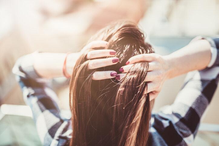 シャンプーをする時の抜け毛を少なくする方法は?