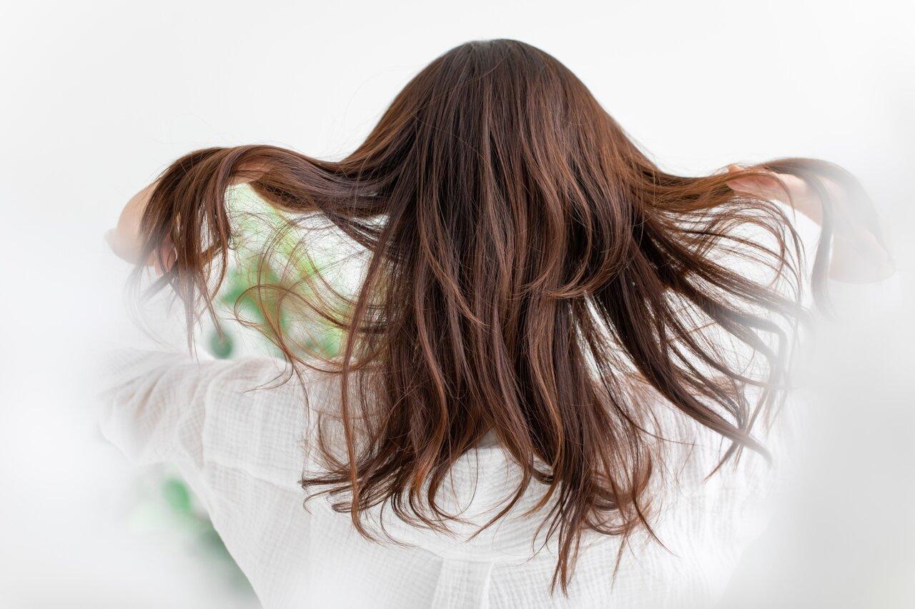 乾燥する髪のお手入れに!ヘアミルク3選!