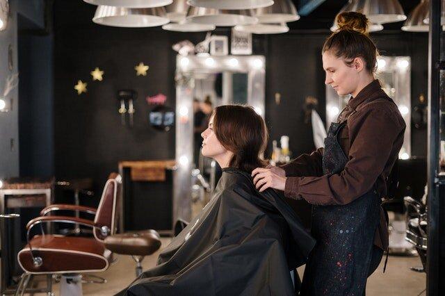 ぺたんこになりやすい髪質でもボリュームは出せる!ヘアスタイル5選