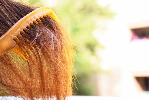 あなた「隠れくせ毛」かも!3つの特徴に当てはまるなら要注意