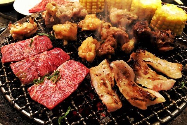 牛肉・豚肉・鶏肉…。髪に良いお肉って何?