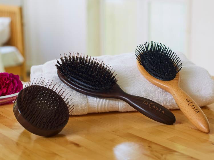La CASTA (ラ・カスタ) ヘッドスパブラシで頭皮ケアと美髪を手に入れちゃおう♪