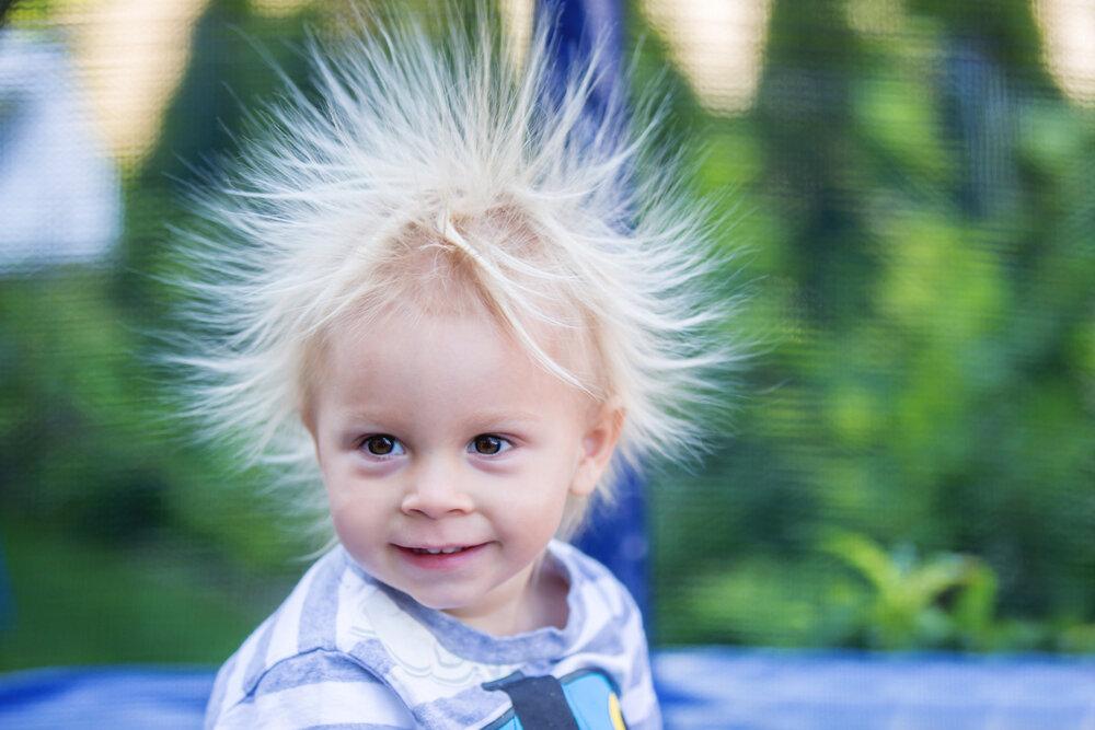 髪のダメージに繋がる静電気を防ぐ方法について