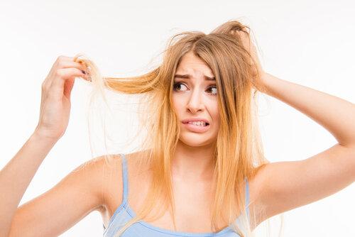ズボラのあなたでも大丈夫!髪のケアが簡単にできる方法こっそり教える