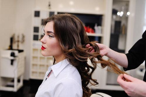 週に1回は髪に特別なケアすべき?芸能人はどんなことをしているのか?