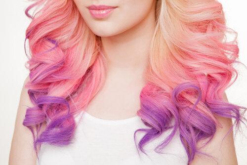 夏なら髪の色を派手にしたい!だったらヘアケアのやり方をマスターして!