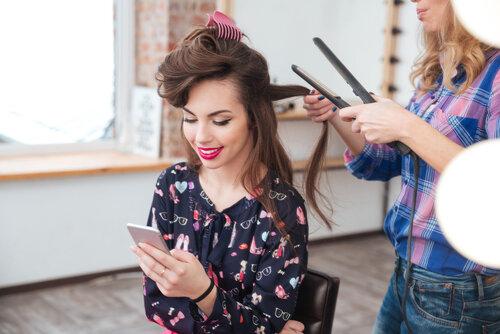 イメチェンするなら顔回りを気にする美容師に相談!ポイントをまとめてみた