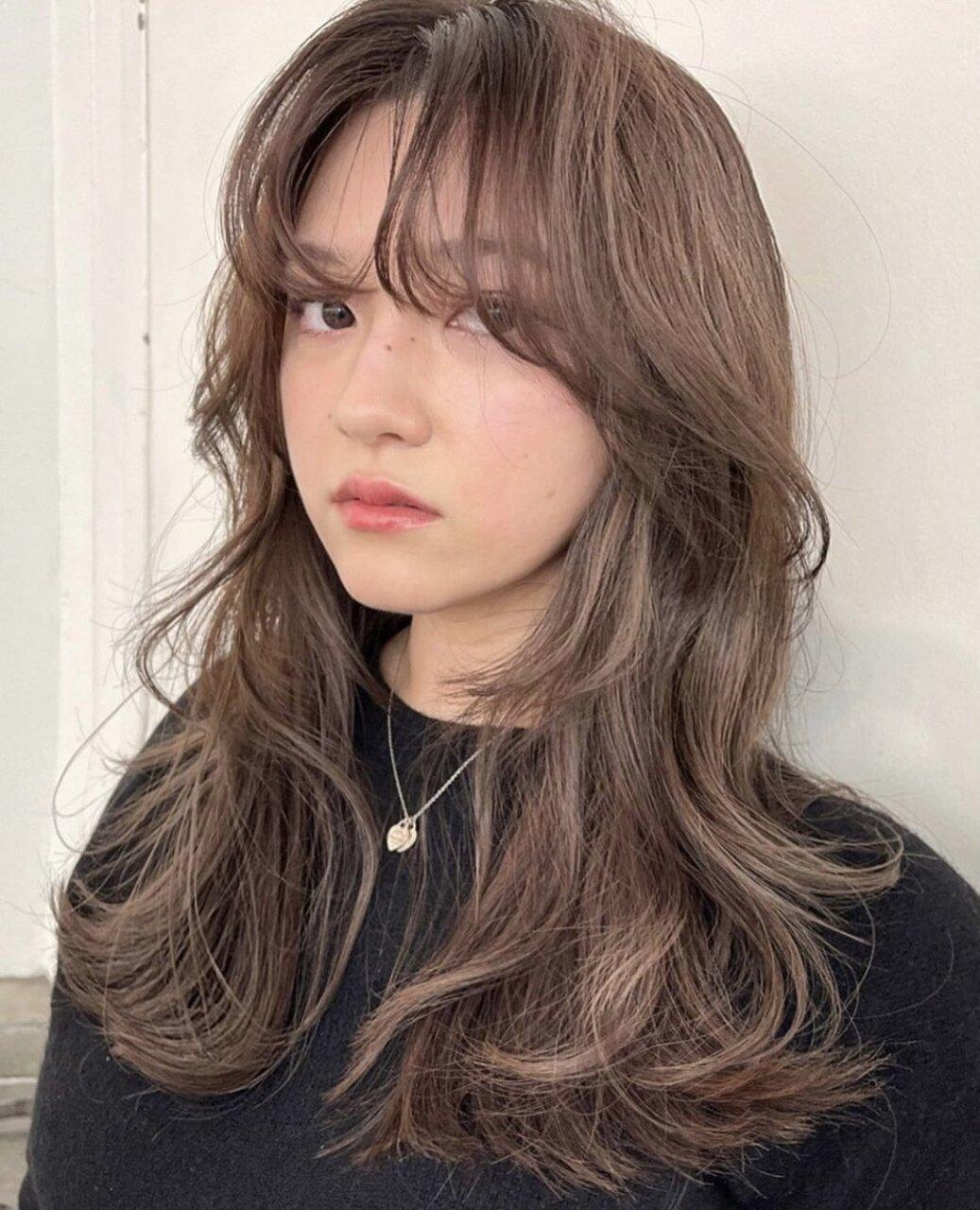今話題!韓国風くびれ美人ヘアって?♡