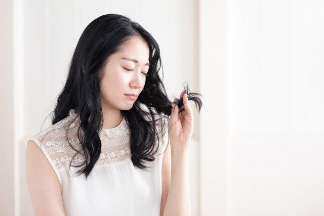 冷房や暖房が髪に与える影響とは?適切な対処方法まとめ