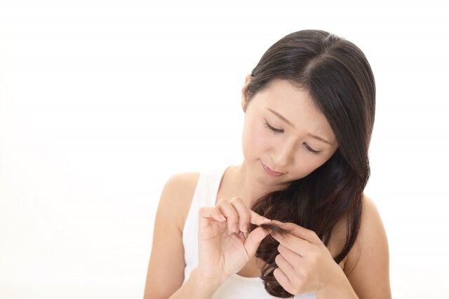 枝毛のセルフカット方法まとめ!おすすめのヘアケア方法もご紹介♡