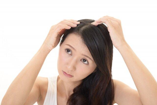 頭皮ニキビに繋がる生活習慣とは?今日から改善して美髪につなげよう♡
