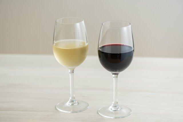 ヘアケアに繋がるワインの効果とは?白ワイン・赤ワインそれぞれの特徴