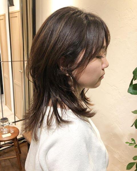 たっぷりレイヤーでやわらかい印象に♡2020年秋おすすめミディアムヘア!