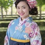 最近の卒業式は袴で差をつけよう!!2017年は水色で決定☆