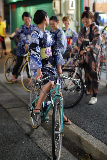 これは可愛い!自転車+浴衣ガール、この組み合わせは最強すぎる! #kimono – Japaaan 日本文化と今をつなぐ (1370)