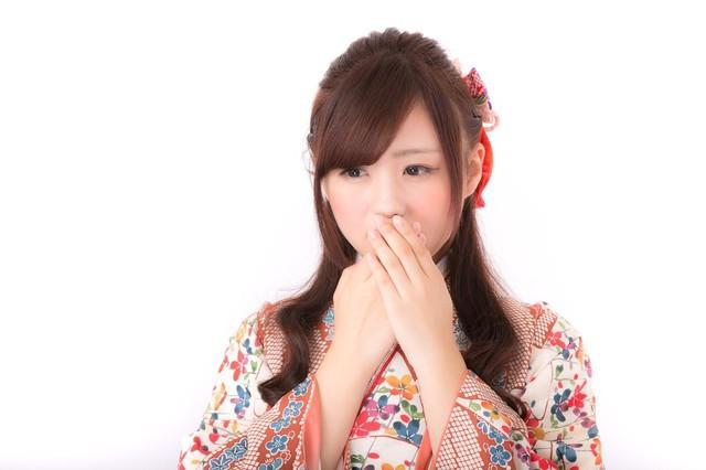 口元を抑える着物姿の女性|フリー写真素材・無料ダウンロード-ぱくたそ (2277)