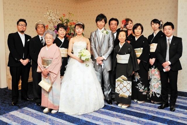 先輩花嫁ハッピーレビュー|想像以上に楽しい結婚式に 二人もゲスト
