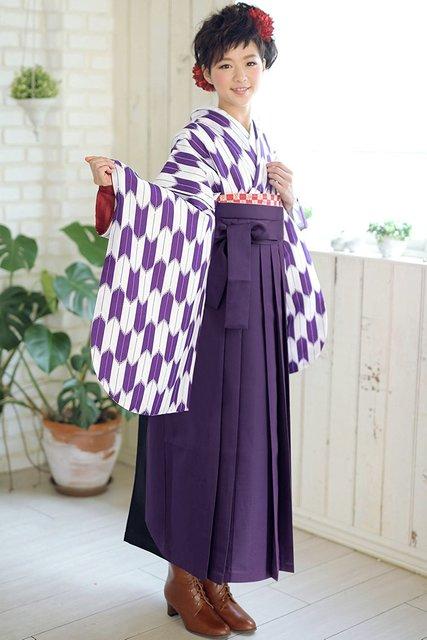 Amazon   (キョウエツ) KYOETSU (はいからさん) 卒業式 二尺袖着物 袴3点セット 矢羽根/矢絣 大柄 (着物/袴/袴下帯)   着物 通販 (3478)
