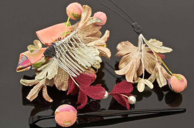 【楽天市場】髪飾り 3点セット ピンク 花 フラワー 和柄 リボン パールビーズ 成人式【あす楽対応】:きもの館 創美苑 (3510)