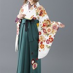 【卒業式に袴を着たい!】人気色の組み合わせコーディネート集♪