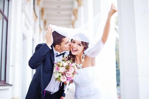結婚式の曲の選び方♪シーン別・アーティスト別BGM | 結婚準備マニュアル (8284)