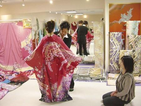 成人式までの流れ:成人式の振袖、卒業式の袴レンタルは【京都晴れ着】におまかせくだい。七五三、一宮、四日市 (8669)