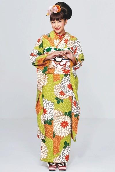 レトロキュート花柄振袖