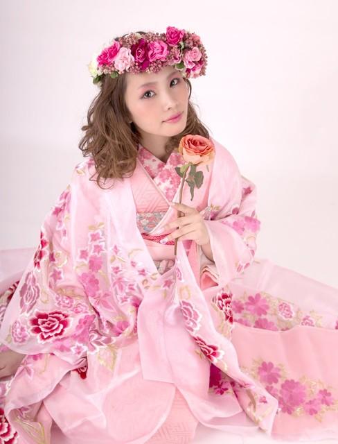 親指姫なスイートピンク色打掛 | おしゃれ和装ならユイマリー (9351)