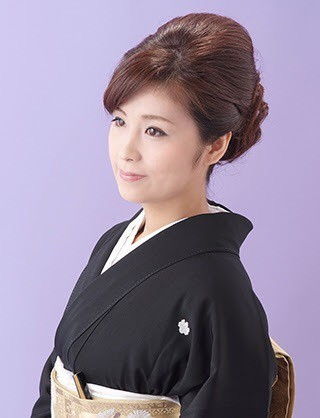 黒留袖のヘアスタイル① ~アップスタイル編~|「なりたい自分」