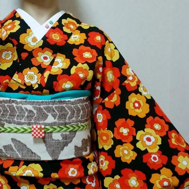 黒地にオレンジの花柄の着物でMYコーディネート|マメコロンのキモノにっき♪ (10146)