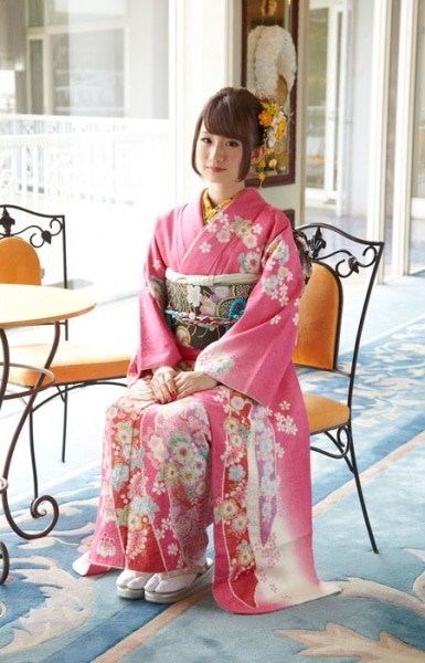 Traditional(No: 14255) / 振袖レンタルショップ アイドル 新宿店   My振袖 (12132)