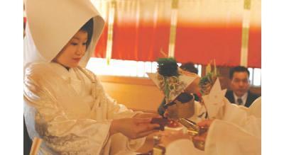 神前式 神前式の衣装や挙式費用 結婚SANKAナビ  (12433)