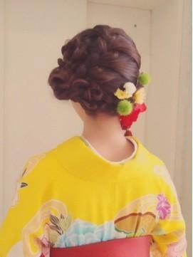 【2017年冬】☆Chouchou☆成人式・卒業式★編みこみヘアアレンジ/hair design Chou Chou by Yone【シュシュ】のヘアスタイル|BIGLOBEヘアスタイル (16770)