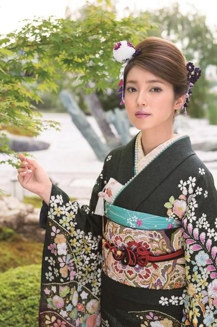 新作振袖asuka(No: 17597) / かど屋   My振袖 (18579)