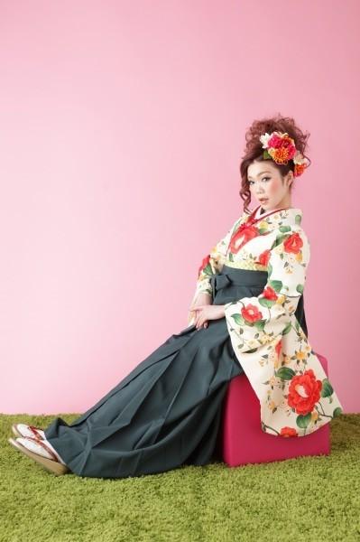 卒業袴(No: 1717) / ふりそでKINAKO - 卒業式と成人式の袴レンタル日本最大級の情報サイト (19000)