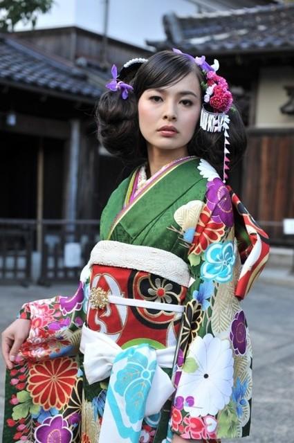No.659 Kansai 常盤藤陽(No: 3203) / ブライダルコア伊谷   My振袖 (20812)