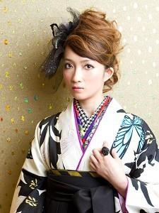 卒業式の袴・着物姿向け和風メイクのやり方 | あなたの疑問が解決するブログ (21320)