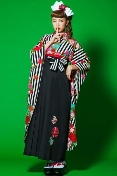 レトロ袴(No: 1524) / TAKAZEN 心斎橋店 - 卒業式と成人式の袴レンタル日本最大級の情報サイト (21782)