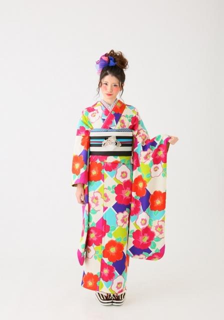 Furisode Pop ③(No: 35969) / ロイヤルスタジオ 浜線店 | My振袖 (21981)