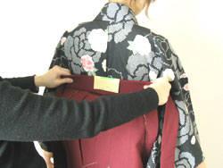 袴の着付けは意外と簡単です (23029)