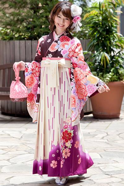 袴の着付け[女性編] - 卒業式と成人式の袴レンタル日本最大級の情報サイト (23323)