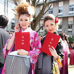 袴って実はらくちん! - 卒業式と成人式の袴レンタル日本最大級の情報サイト (23519)