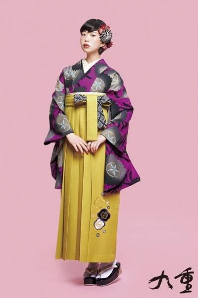 レトロ袴(No: 2572) / TAKAZEN 梅田店 - 卒業式と成人式の袴レンタル日本最大級の情報サイト (24390)