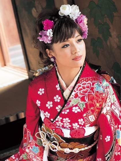 Japanese Elegance (No.4917) / きものあさ川 | My振袖 (25707)